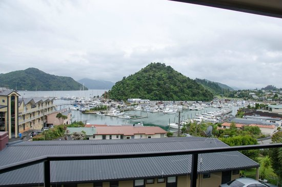 Harbour View Motel Picton: View to Picton Harbour