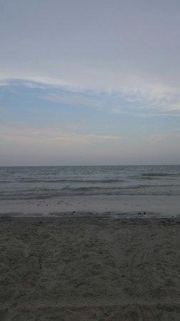 Perry's Ocean Edge Resort: Beautiful beach view