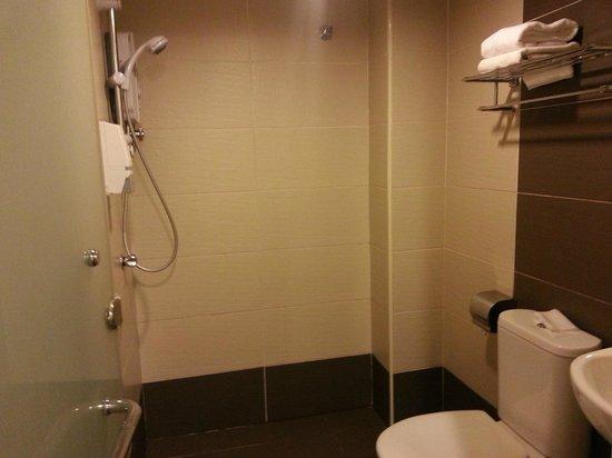 My Hotel Brickfields KL Sentral: Bathroom