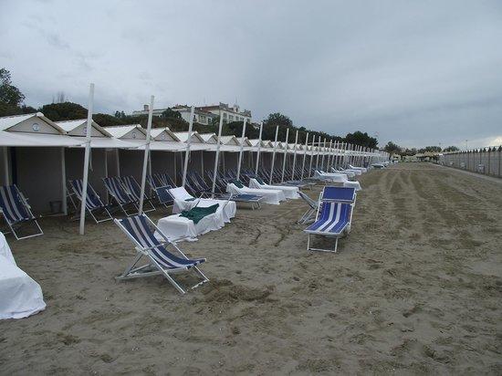 Lido di Venezia: Casinhas para banhistas na praia do Lido.