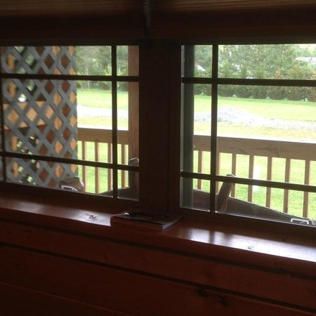 7 C's Lodging : View out the window