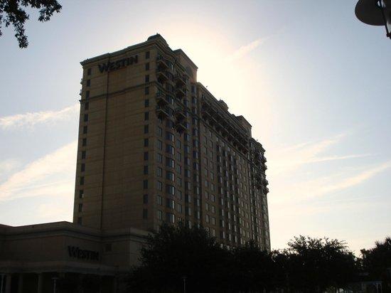 Westin Savannah Harbor Golf Resort & Spa: Hotel