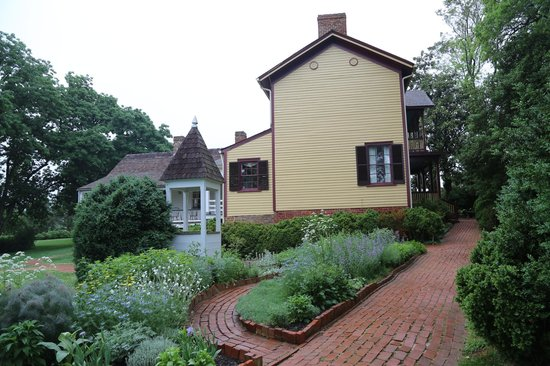 James Monroe's Highland: The addition at Ash-Lawn Highland