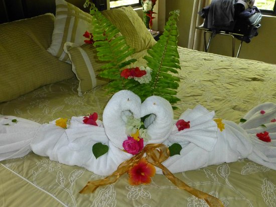 Mystic River Resort: Bed decoration