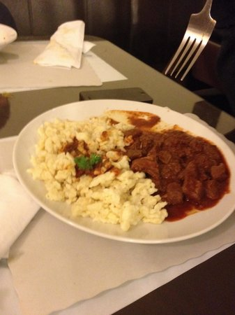 Savoury and Sweet Restaurant: Some sort of beef stew with home made mini pasta