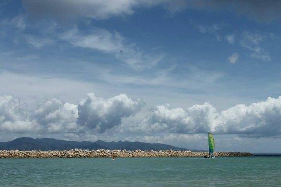 Misibis Bay Resort: The Breakwater