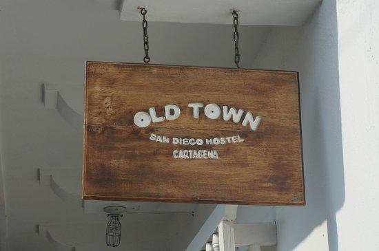 Old Town San Diego Hostel: Entrada