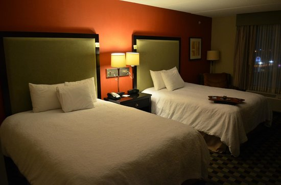 Hampton Inn & Suites Houston-Bush Intercontinental Airport : Room 408 once more