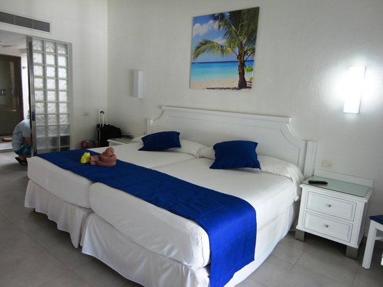 Hotel Riu Yucatan : Room