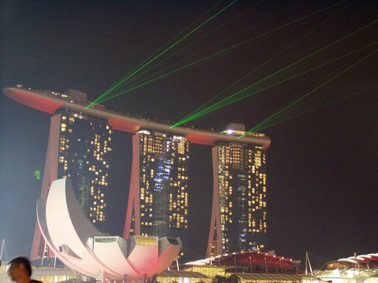 Hilton Singapore: View of Marina Bay Sands Laser Light Show