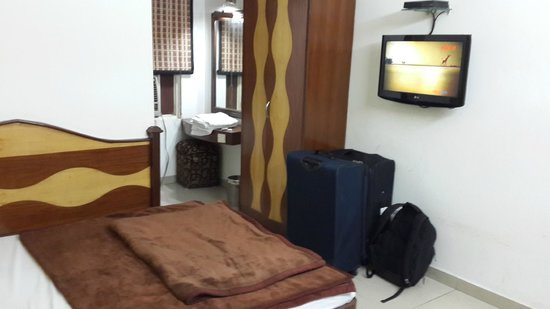 FabHotel Pallvi New Delhi Station : Room