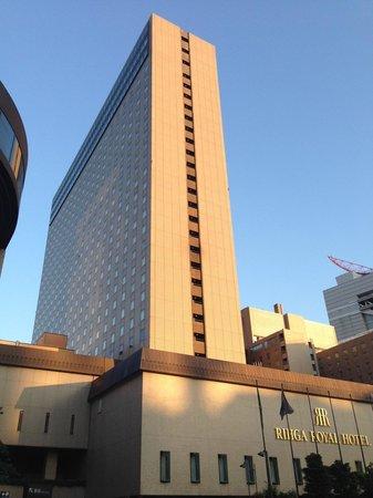 RIHGA Royal Hotel Osaka: 外観