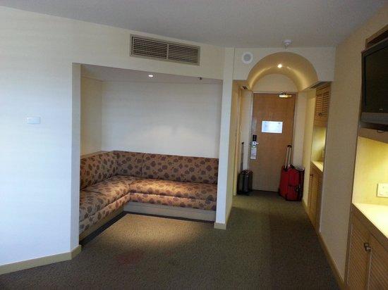 DoubleTree by Hilton Hotel Esplanade Darwin : Lounge area