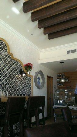 Secrets Puerto Los Cabos Golf & Spa Resort: Coffee shop with amazing baristas