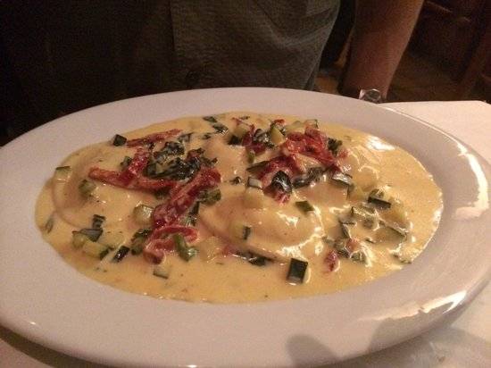 Vero: Lobster Ravioli