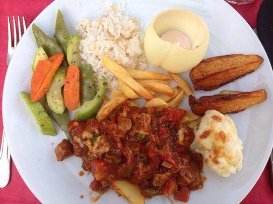 Miami Restaurant & Bar: Store porsjoner og veldig god tyrkisk mat :)