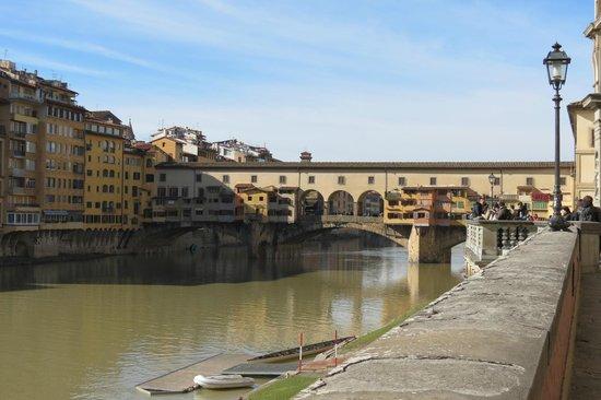 Pierre Hotel Florence: Ponte vecchio
