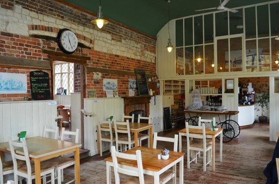 Moreton Tea Rooms: Beautifully done