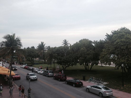 Congress Hotel South Beach: Ocean Drive view from the room (201)