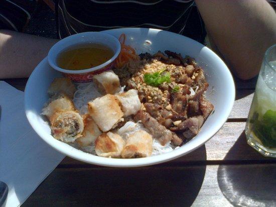 Pho Quynh: Bo-bun porc grillé