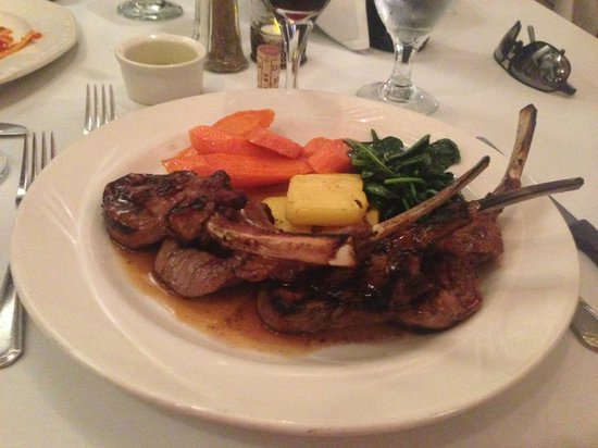 Franco's Italian Caffe: Rack of Lamb at Franco's