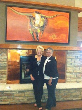 Holiday Inn Express Montrose: Jackie Dorst and Karen Fox - just call her Fox!