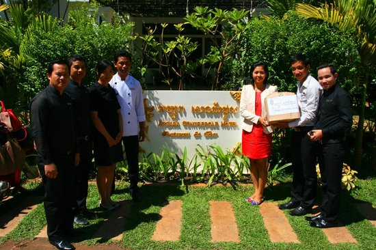 Apsara Centrepole Hotel: Donate
