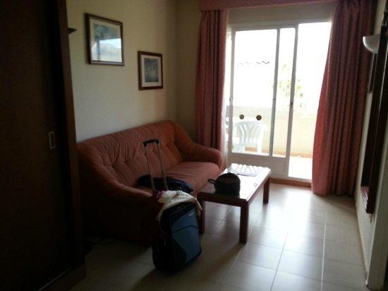 Hotel Riu Costa Lago: Ingresso camera