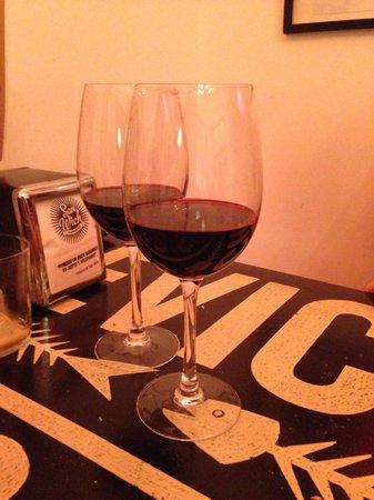 San Wich: Vino chileno
