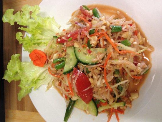 NONG'S Restaurant: Popover Salad top dish