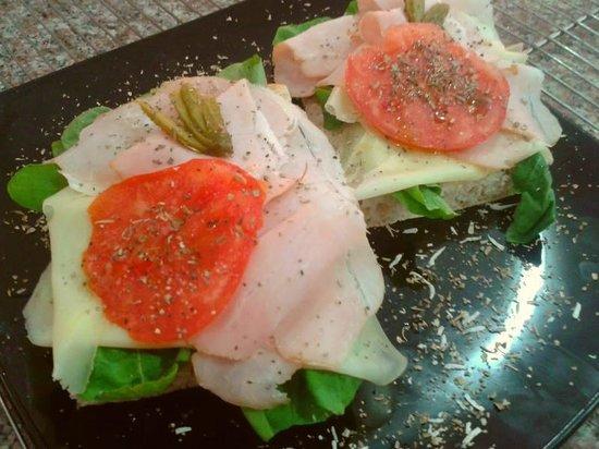 Swiss Italian Restaurant Cebu: Cheese and Ham Sandwich
