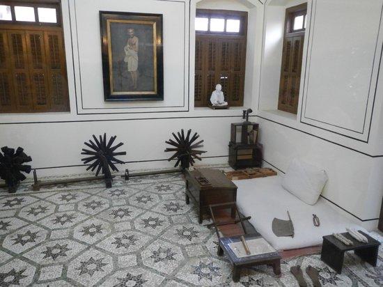 Gandhi-Museum Mani Bhavan: Постель Ганди