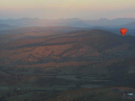 Hot Air Balloon Gold Coast: sunrise over the rim