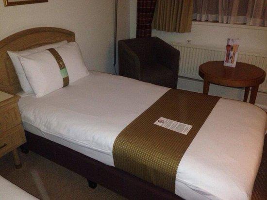 Holiday Inn Peterborough West: Room