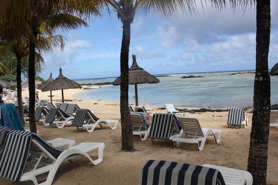 Canonnier Beachcomber Golf Resort & Spa: la plage de l'hotel