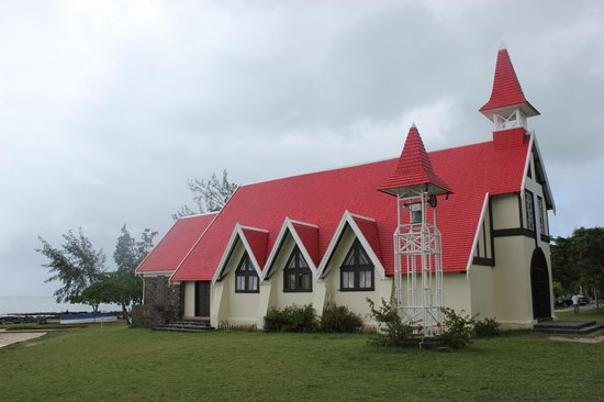 Canonnier Beachcomber Golf Resort & Spa: la chapelle a cap malheureux