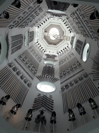 Royal Armouries Museum: Main staircase