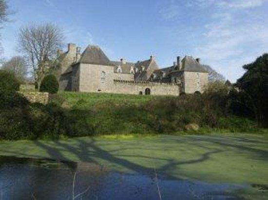 Chateau de Kergroadez: Château de Kergroades