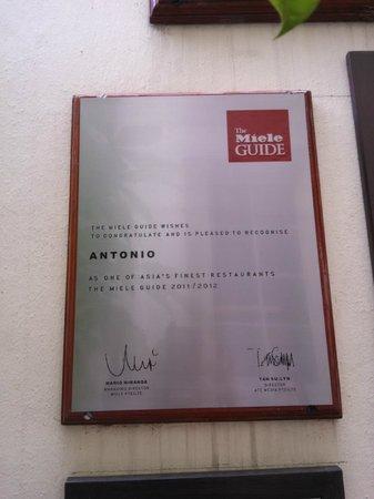 Antonio Restaurant: вывеска ресторана