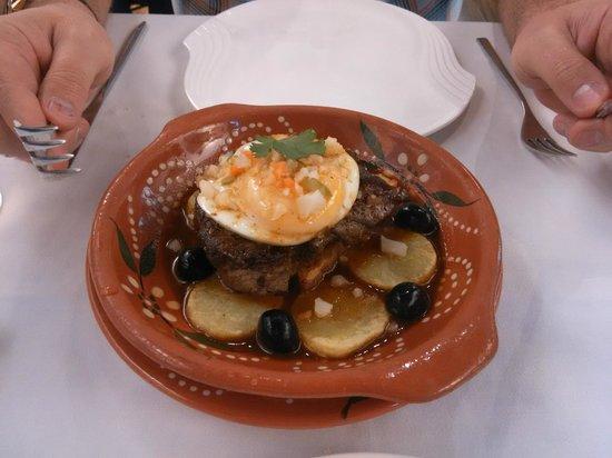 Antonio Restaurant: стейк