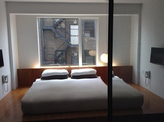 Hotel Americano: lit