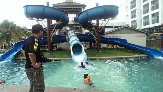 Bayou Lagoon Park Resort: Slide