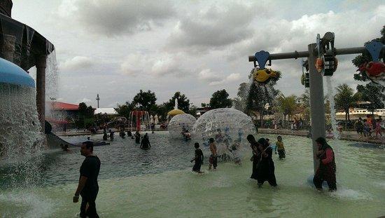 Bayou Lagoon Park Resort: Pool