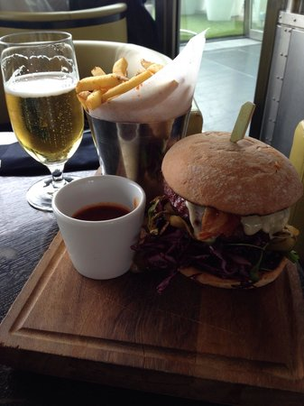 Oxo Tower Restaurant, Bar & Brasserie: The Oxo burger from the express lunch menu ... Very tasty