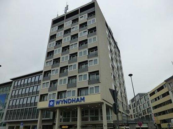Wyndham Köln: 外観