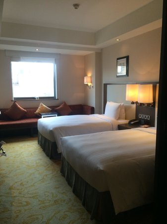Courtyard Shanghai Xujiahui: Superior - double bed room
