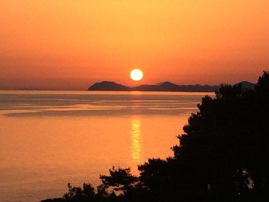 Hotel Croatia Cavtat : Sunset from balcony