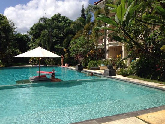 Kusuma Resort: Perfect pool
