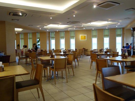 Hotel Yugaf  Inn Okinawa : 朝食会場
