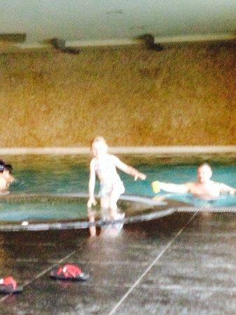 Sherwood Dreams Resort: Inside pool very cold